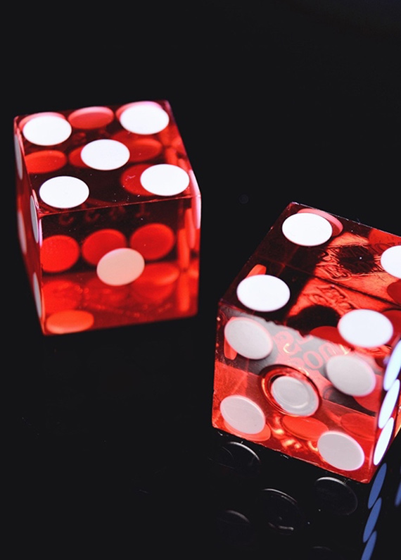 Learn to Roll Dice and Play Craps Online