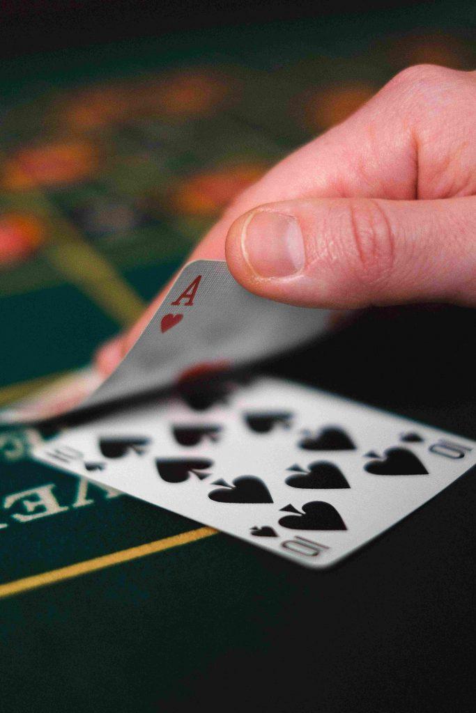 When to Split in Cafe Casino Blackjack & Optimal Blackjack Strategy